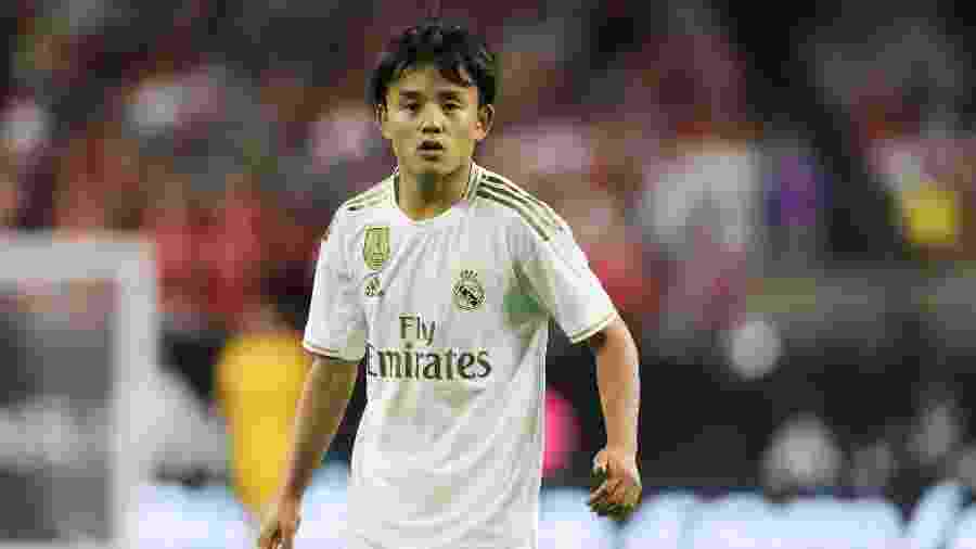 Takefusa Kubo em ação com a camisa do Real Madrid - Matthew Ashton/Getty Images