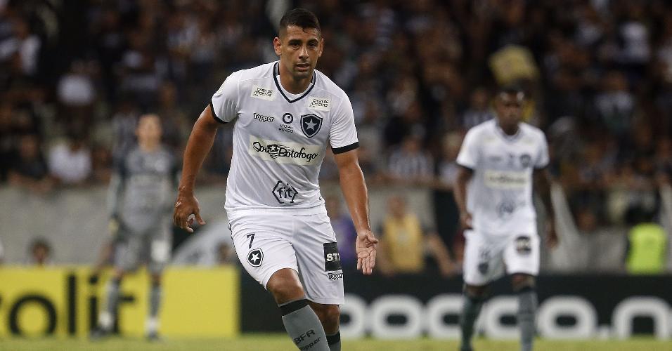 Diego Souza, durante partida entre Botafogo e Ceará