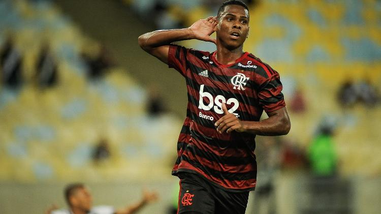 Lucas Silva teve atuação de destaque diante do Vasco - Allan Carvalho/AGIF