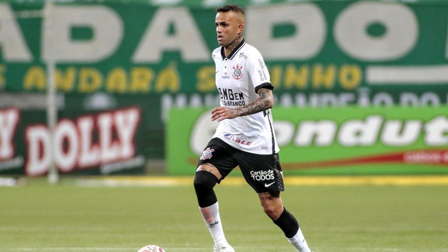 Luan, meia-atacante do Corinthians, sofre pressão de alguns torcedores por não bater pênalti contra o Palmeiras - Rodrigo Coca