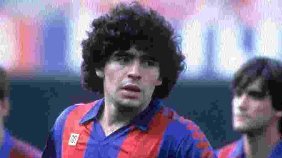 Maradona vestiu a camisa do Barcelona nos anos 80 - VI Images via Getty Images