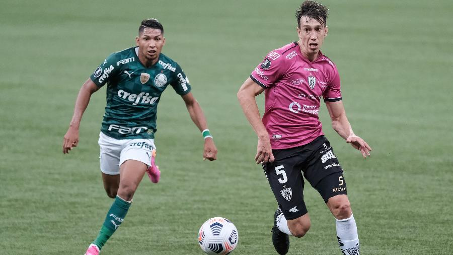 Rony, do Palmeiras, em ação durante a partida contra o Independiente Del Valle, pela Libertadores - ESTADÃO CONTEÚDO