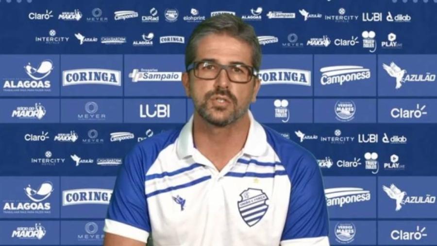 Rodrigo Pastana  chegará em Belo Horizonte na segunda-feira (7) para iniciar trabalhos na Toca da Raposa II - Divulgação/CSA