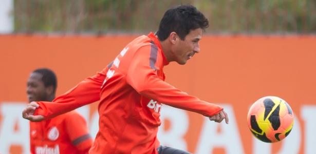 Zagueiro deverá voltar ao time titular do Inter após se recuperar de dores musculares - Vinicius Costa/Preview.com