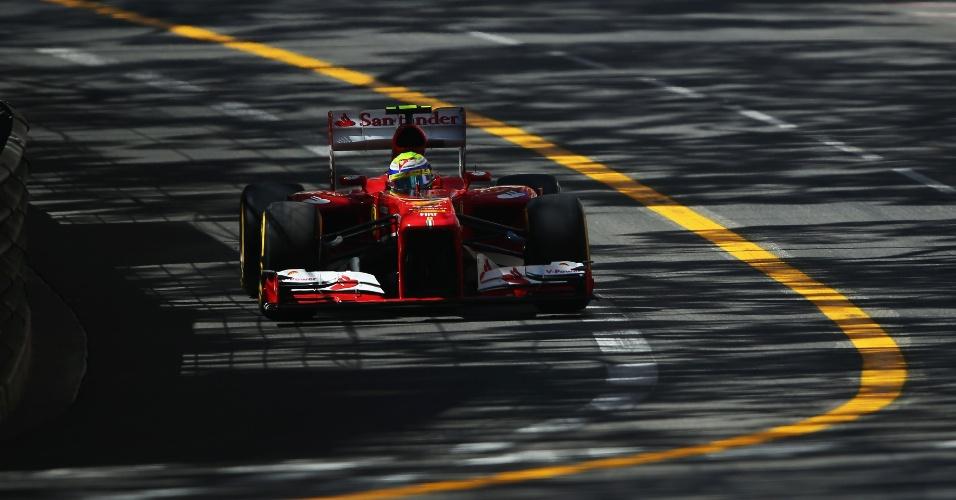 Felipe Massa tenta conquistar uma boa classificação nos treinos para o Grande Prêmio de Mônaco