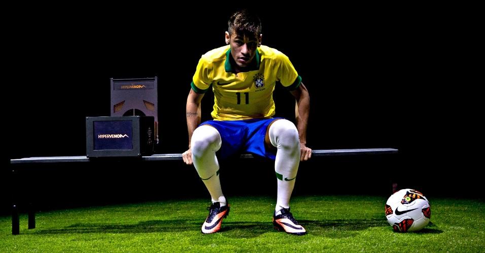 28.05.2013 - Neymar apresenta sua nova chuteira em evento organizado pela Nike no Rio de Janeiro