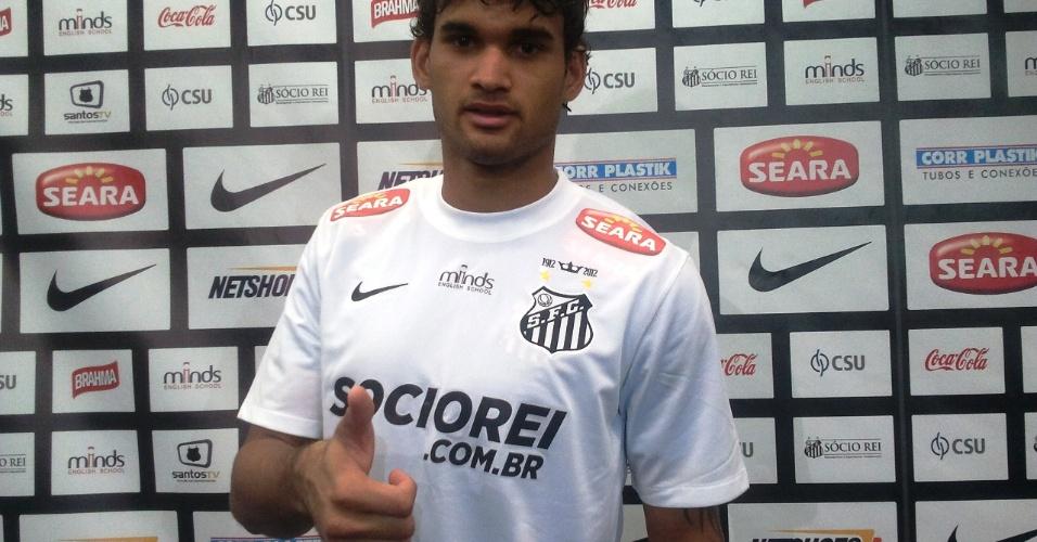 Atacante Willian José estreia pelo Santos nesta quarta-feira contra o Botafogo