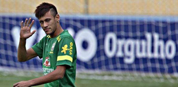 Neymar fará sessão de fotos e exames médicos antes de ser apresentado à torcida do Barcelona