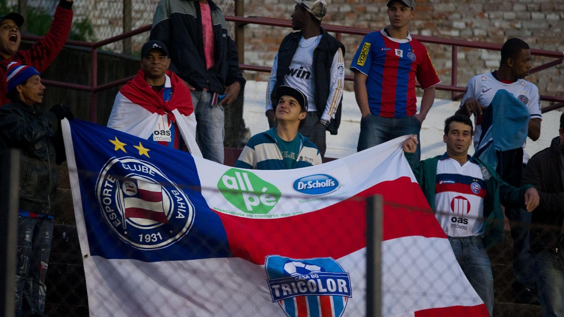 02.06.13 - Torcida do Bahia também marca presença na partida fora de casa