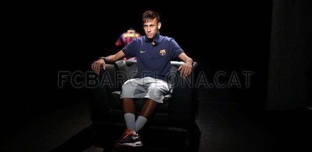 Neymar dá entrevista para a Barça TV após sua apresentação oficial no clube - Divulgação/Barcelona