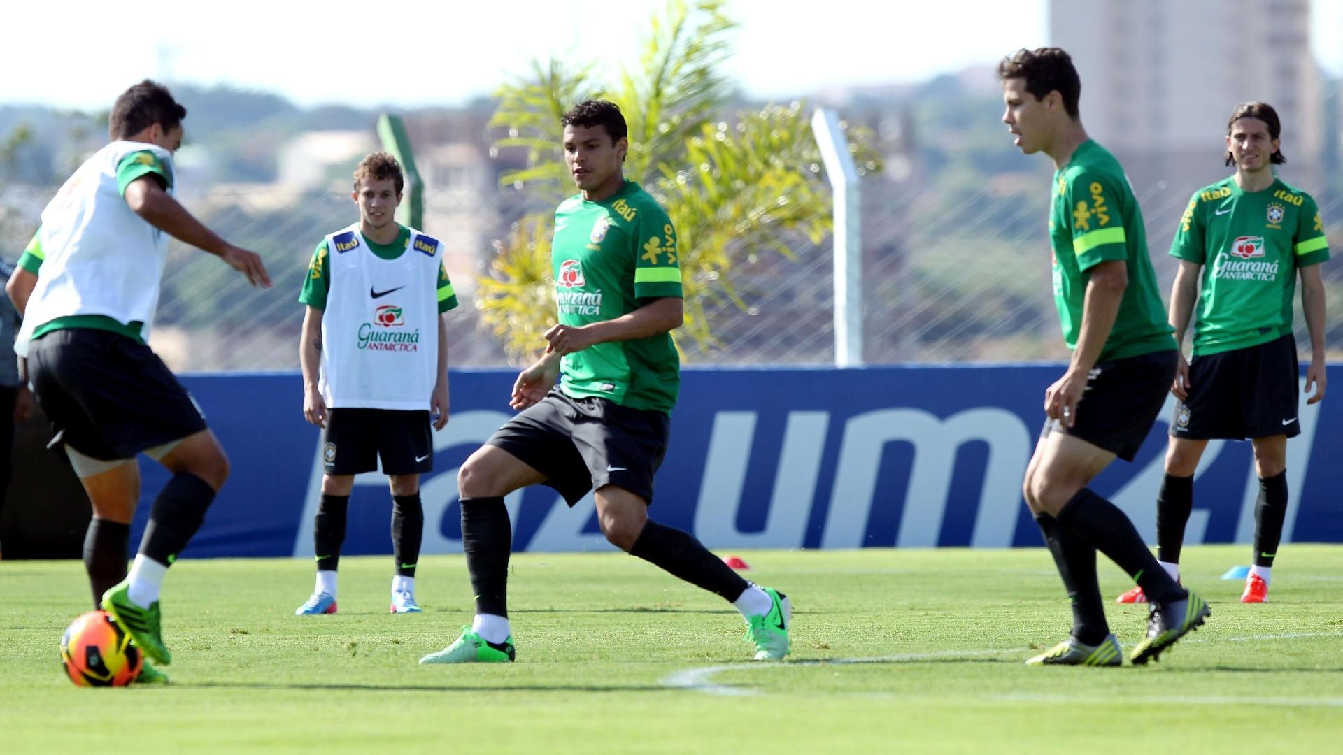 Seleção brasileira treina no CT do Goiás em preparação ao amistoso contra a França