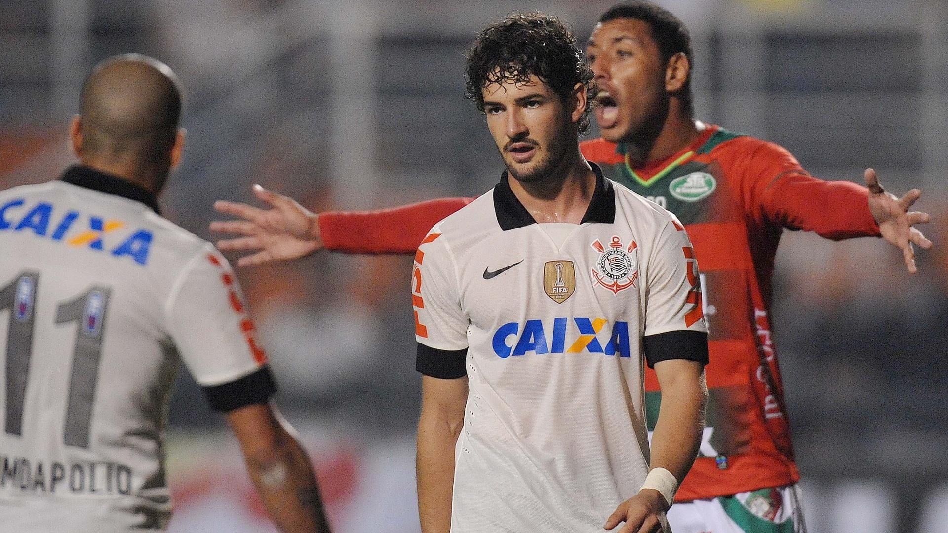 Pato passou em branco no empate de 0 a 0 entre Corinthians e Portuguesa