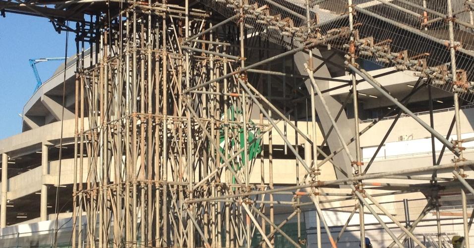 11.jun.2013 - Estádio do Maracanã também apresenta estruturas provisórias a poucos dias do início da Copa das Confederações