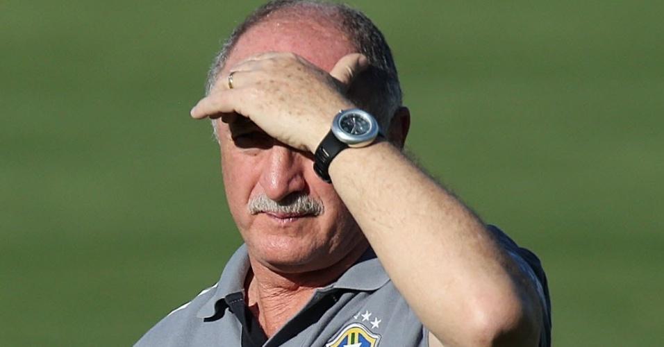 11.jun.2013 - Felipão comanda treinamento da seleção brasileira em Goiânia nesta terça-feira