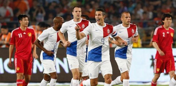 Holanda jogará em Salvador, Porto Alegre e São Paulo na primeira fase da Copa