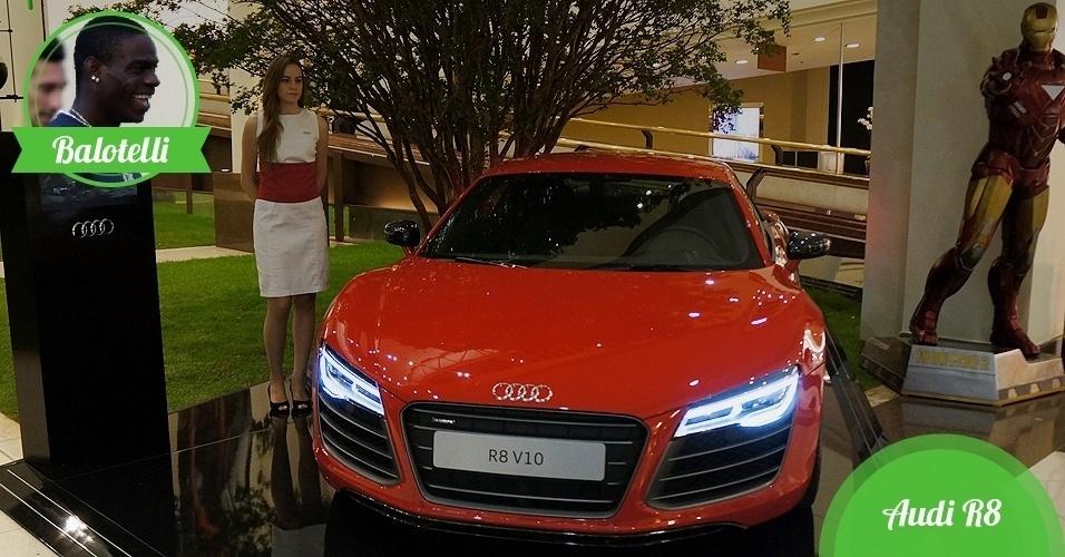 Balotelli, atacante da Itália - Carro: Audi R8