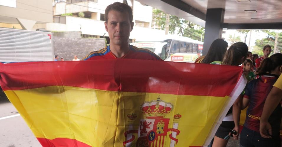Espanhol Oscar Goméz mora no Recife há três anos e não conseguiu autógrafo de Fernando Torres