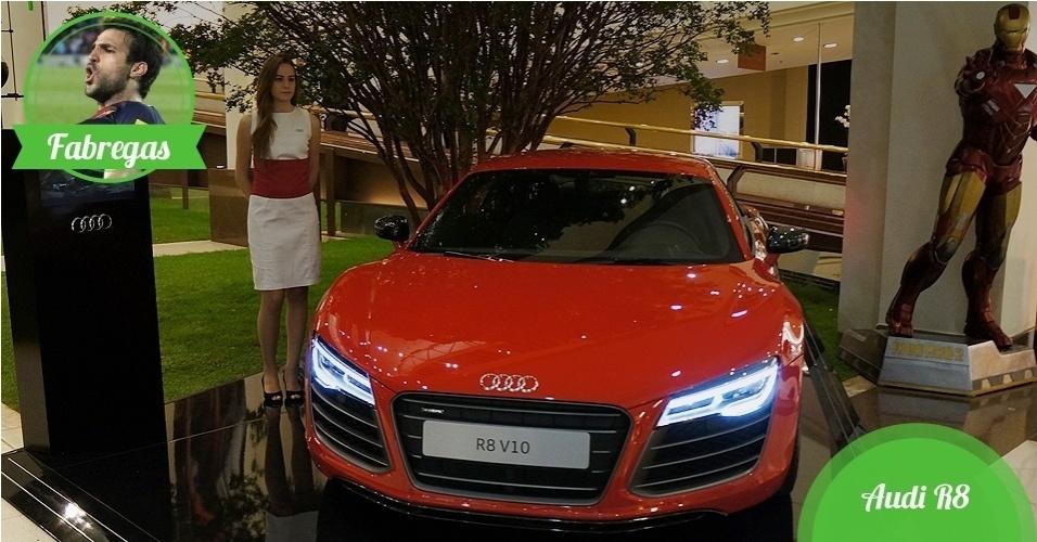 Fabregas, meia da Espanha - Carro: Audi R8