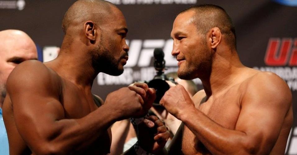 Rashad Evans e Dan Henderson se encaram na pesagem do UFC 161
