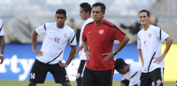 Técnico do Taiti, Eddy Etaeta, utilizará formação reserva para o jogo contra a Nigéria no domingo