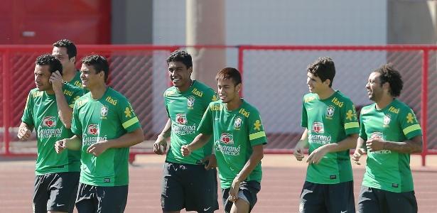 Seleção brasileira atual mudou bastante; Thiago Silva e Júlio César são remanescentes de 2010