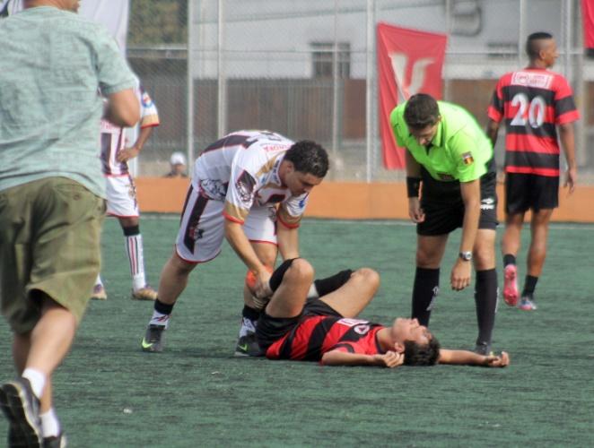 Corrida para o atendimento médico no meio do jogo