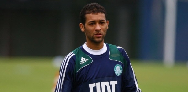 Pierre defendeu o Palmeiras entre 2007 e 2011 - Folha Imagem