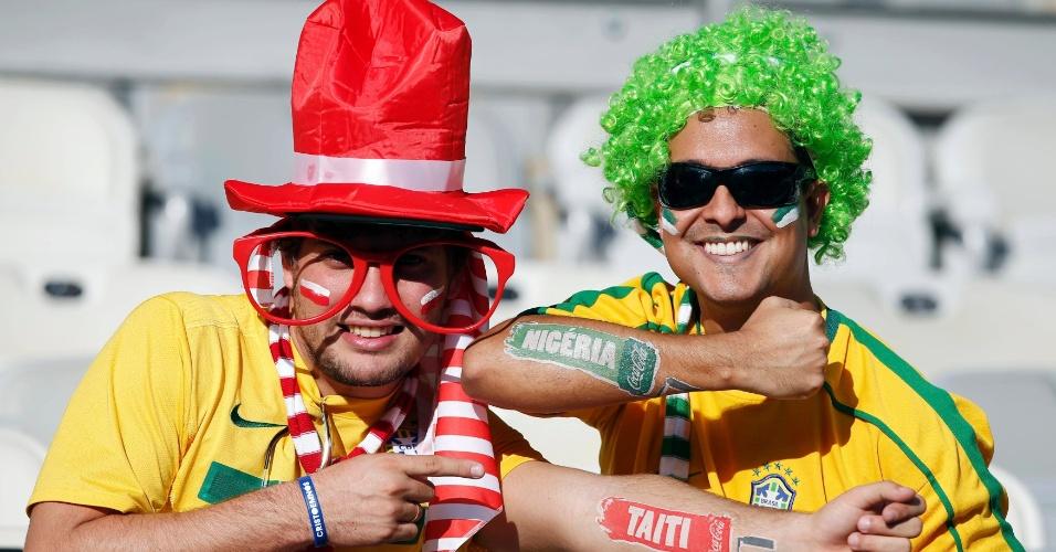 17.06.2013 - Torcedores brasileiros mostram seu apoio as equipes no Mineirão