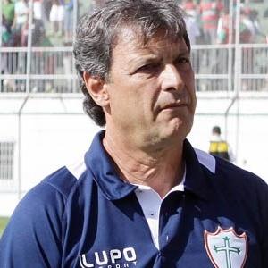 Edson Pimenta, que foi efetivado como treinador da Portuguesa