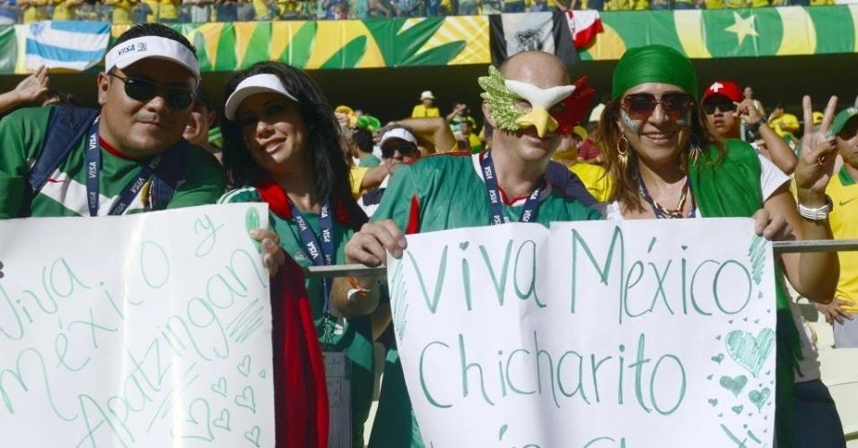 19.junho.2013 - Torcida do México comparece ao Castelão