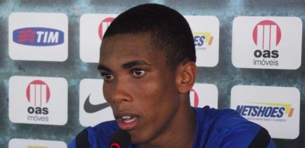 Madson, ex-lateral direito do Bahia, é o novo reforço do Vasco