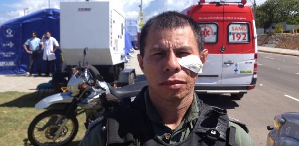 PM ferido com pedra em protesto antes da partida entre Brasil e México