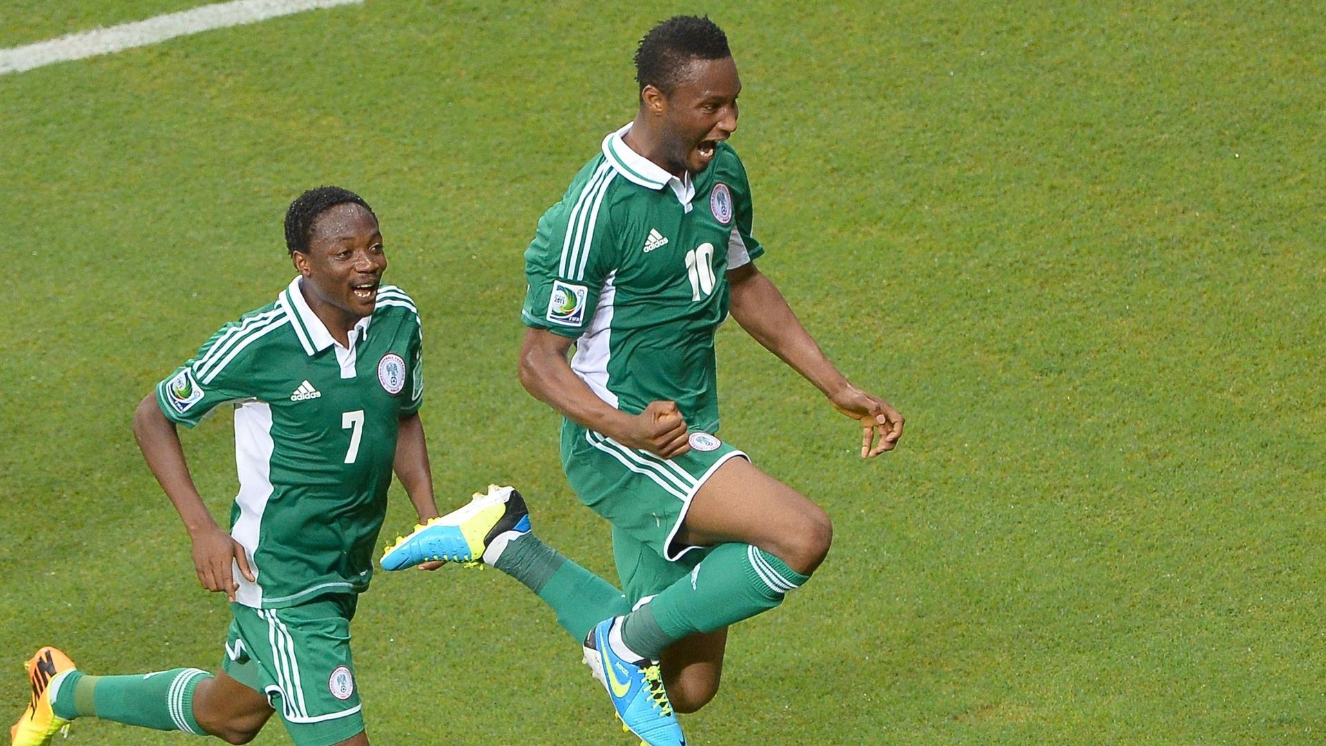 20.jun.2013 - Obi Mikel vibra com gol de empate da Nigéria em jogo contra o Uruguai pela Copa das Confederações