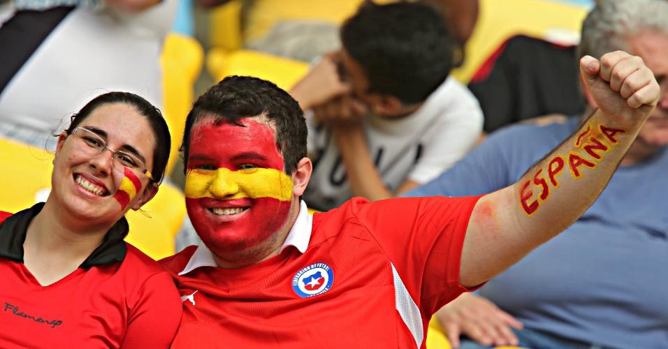 20.junho.2013 - Torcedores da Espanha lotam o Maracanã