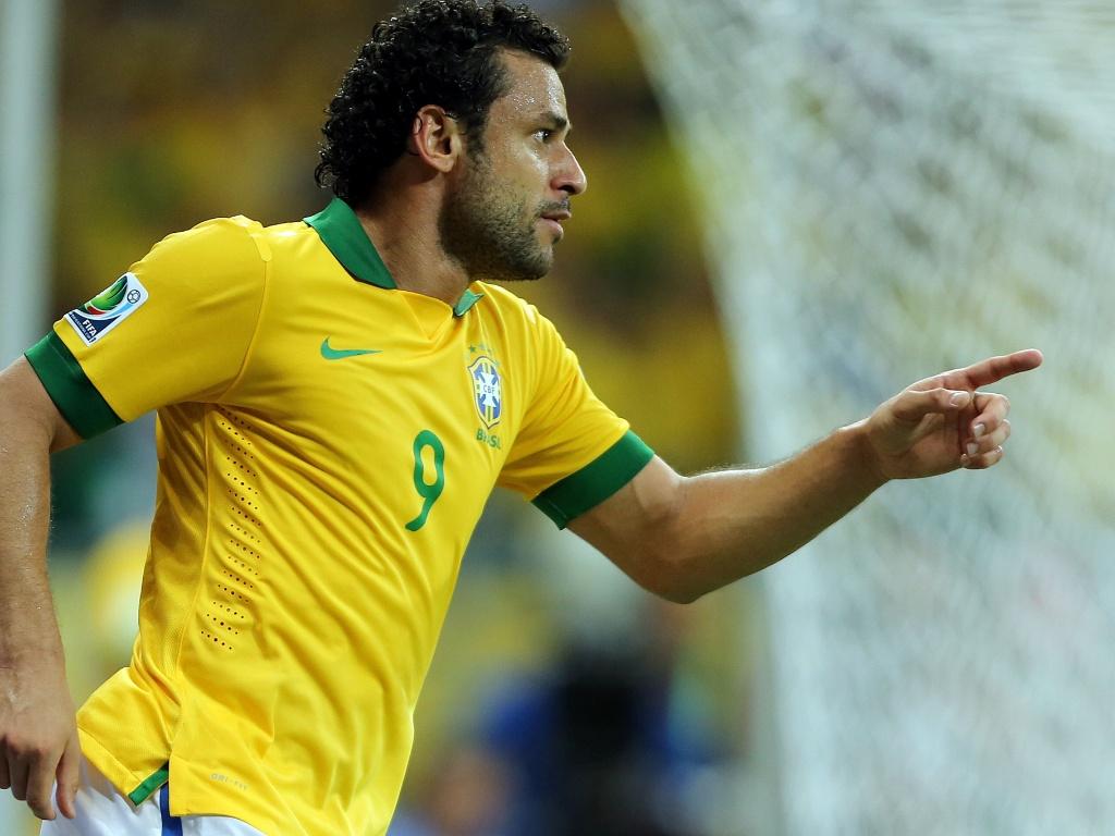 22.jun.2013 - Fred vibra com gol do Brasil sobre a Itália na Arena Fonte Nova