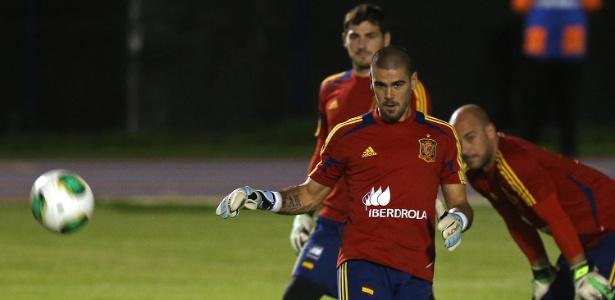 Valdés foi citado por Casillas como um dos melhores da história