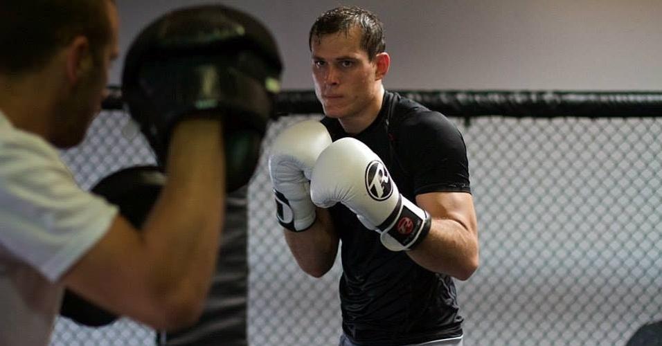 Roger Gracie treina para sua estreia no UFC