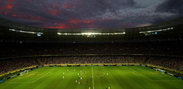 Fortaleza, uma das sedes dos jogos da Copa, é apontada como capital da prostituição infantil
