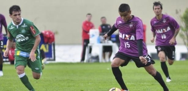 Jogo-treino entre Atlético-PR e Chapecoense no CT do Caju em Curitiba (27/06/2013)