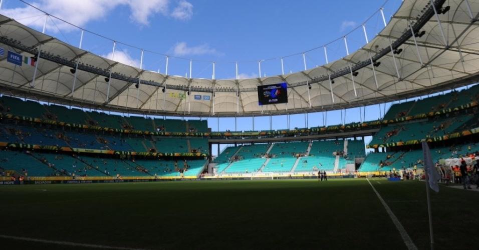 30.jun.2013 - Fonte Nova vazia duas horas antes da partida entre Uruguai e Itália, disputa de 3° lugar da Copa das Confederações