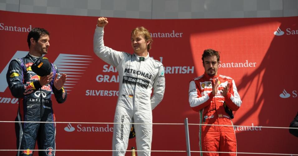 30.jun.2013 - Pódio do GP da Inglaterra, em Silverstone, teve Nico Rosberg, Mark Webber e Fernando Alonso