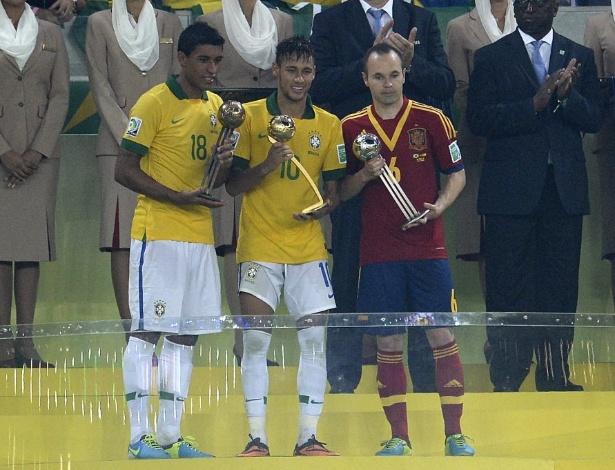 Neymar é melhor do torneio e Brasil soma cinco das sete Bolas de Ouro já  entregues f1b63721c0cef