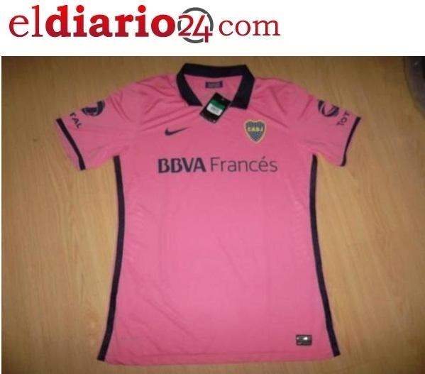 Suposta nova camisa dois do Boca Juniors é cor de rosa