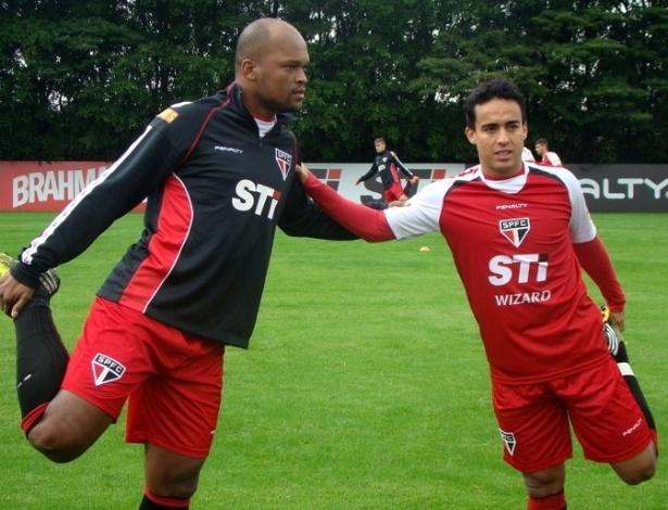 02-07-2013 - Jadson participou dos treinamentos do São Paulo após ser campeão na seleção