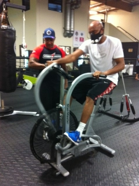 02.jul.2013 - Anderson Silva treina para luta contra Chris Weidman pelo UFC 162