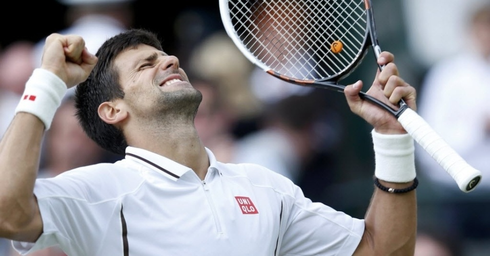 03.jul.2013 - Novak Djokovic vibra após vencer Tomas Berdych e se classificar para as semifinais de Wimbledon
