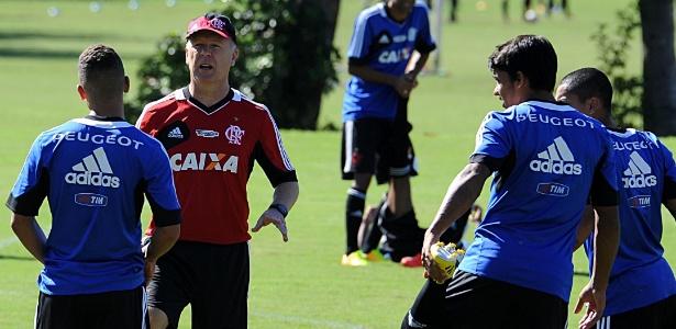 Mano Menezes atendeu pedido do grupo e comandará treinos no Rio nesta semana - Alexandre Vidal/Fla Imagem