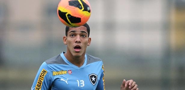 Gilberto teve destaque pelo Botafogo na temporada passada e acabou na Itália
