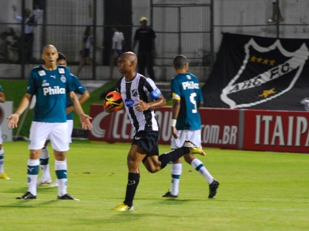 O ABC recebeu o Goiás, em Natal, pela terceira fase da Copa do Brasil