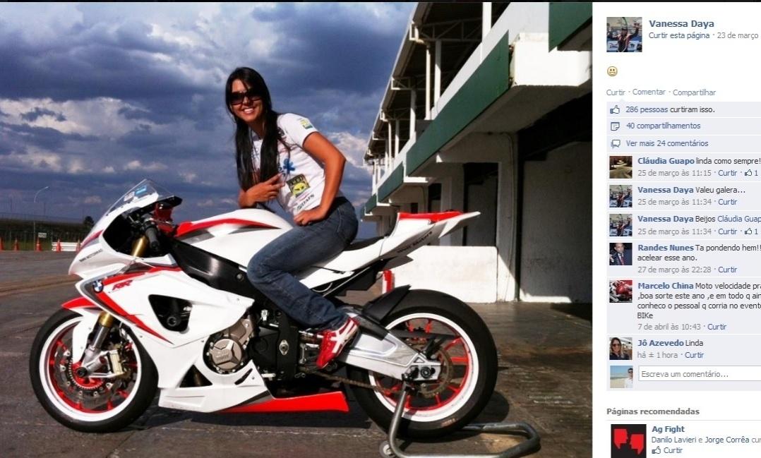 17.jul.2013 - Piloto Vanessa Daya morre após sofrer grave acidente durante etapa de motovelocidade disputado em Brasília